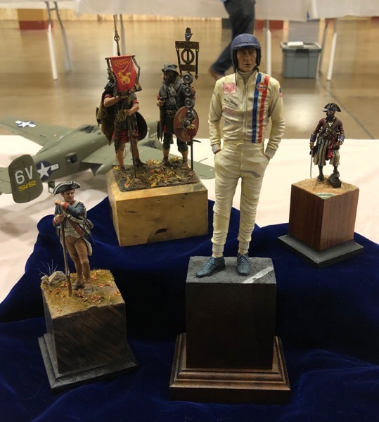 David's figure display
